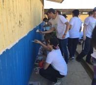 Escuela Patricio Lynch de Miraflores fue beneficiada con mechoneo social de alumnos de UAI