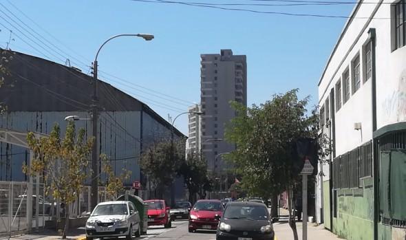 Municipio de Viña del Mar implementa desvíos de tránsito por pavimentación de calle Simón Bolívar