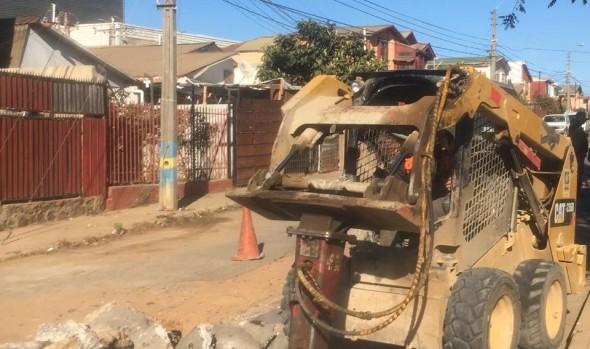 Municipio de Viña del Mar inició reparación de calzadas en diversos sectores de la ciudad