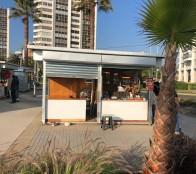 Artesanos ya están instalados en nuevos módulos dispuestos por el municipio de Viña del Mar en el parque San Martín