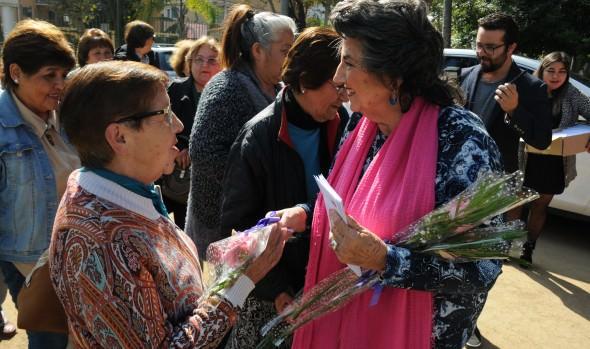 Municipio de Viña del Mar reconoció aporte de dirigentas comunitarias de la ciudad