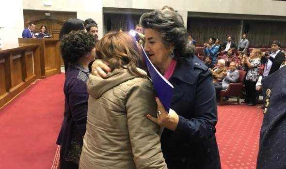 34 familias del campamento Manuel Bustos recibieron sus títulos  de dominio