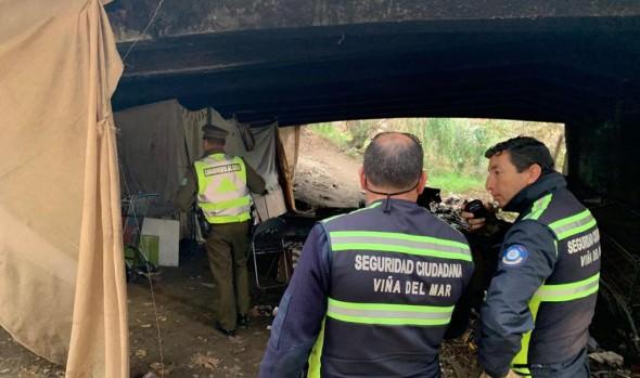 Operativo de Seguridad Ciudadana en Viña del Mar desbarató toma bajo puente Quillota