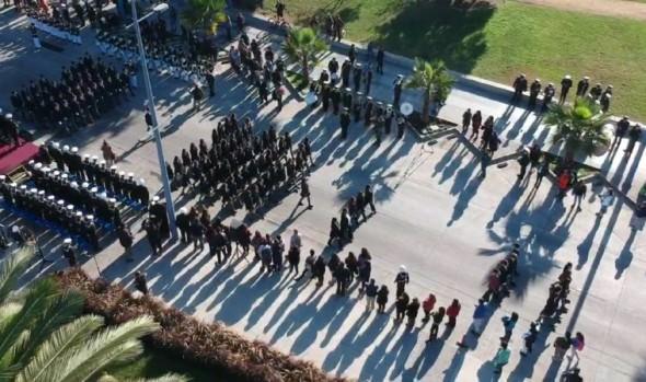 Estudiantes de Viña del Mar realizaron tradicional desfile en honor a las Glorias Navales