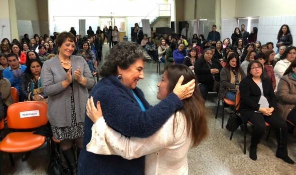 """Municipio de Viña del Mar y SERNAMEG lanzan nueva versión del programa """"Mujeres jefas de hogar"""""""