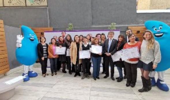Nuevo grupo de viñamarinas se capacita para ejercer el oficio de gásfiter