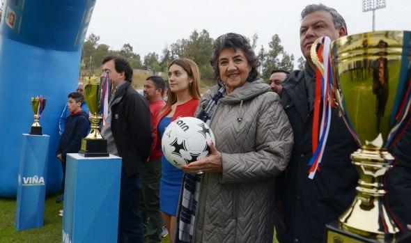"""En Viña del Mar dan pitazo inicial a campeonato regional de fútbol escolar """"Copa PF 2019"""""""