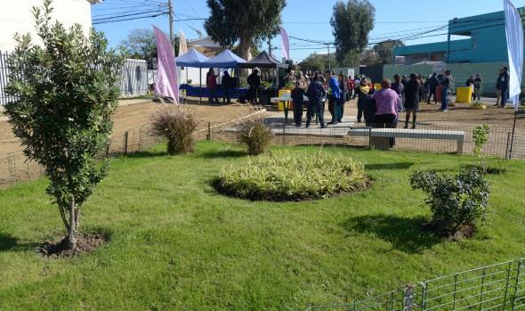 Municipio de Viña del Mar y COVES de Gómez Carreño recuperan espacio público para la familia