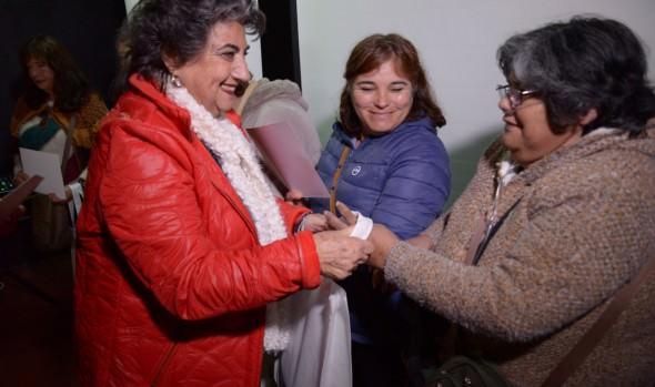 Familias viñamarinas se benefician con capacitación en ahorro energético
