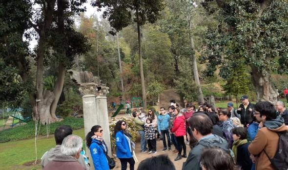 Gran acogida han tenido las caminatas familiares para conocer historia de la Quinta Vergara