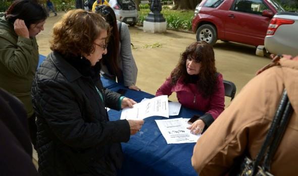 Vecinos viñamarinos se capacitan gratis en Escuela de Formación Comunitaria del municipio