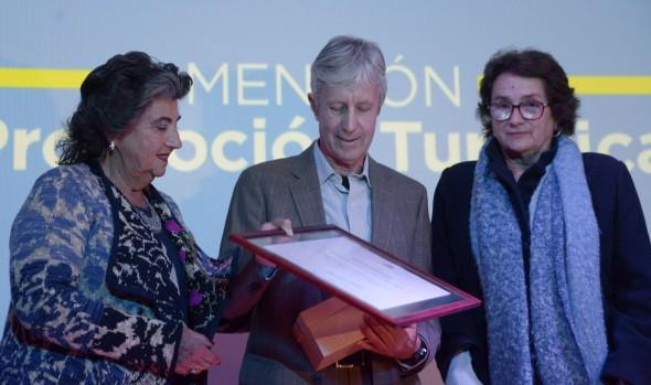 Municipio de Viña del Mar entregó premios comunales de turismo 2019