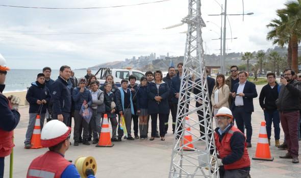 Municipalidad de Viña del Mar impulsa campaña preventiva para elevar volantines sin hilo curado