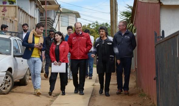 Vecinos del campamento Amanecer de Santa Julia ya cuentan con agua potable y alcantarillado