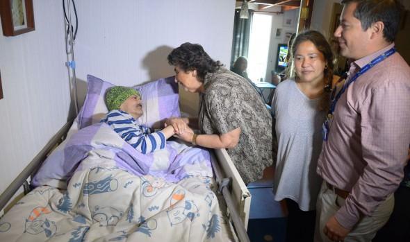 80 catres clínicos a pacientes postrados entregó Servicio de Salud y Corporación Municipal de Viña del Mar