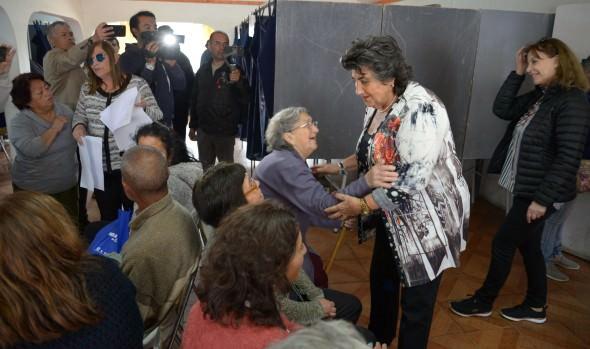 Municipio de Viña del Mar despliega completo equipo de profesionales en terreno