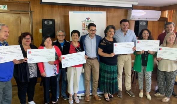 Organizaciones sociales de Viña del Mar recibieron recursos del Fondo Social Presidente de la República