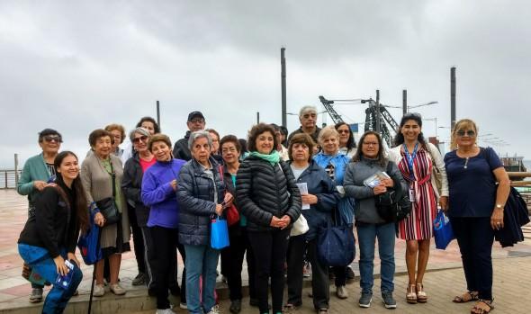"""Municipalidad de Viña del Mar recibe reconocimiento por """"Programa caminatas inclusivas"""" del departamento de Turismo"""