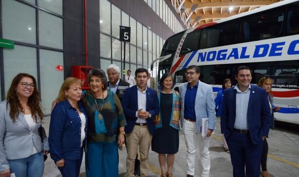 En complejo Los Libertadores, autoridades regionales incentivaron llegada de turistas