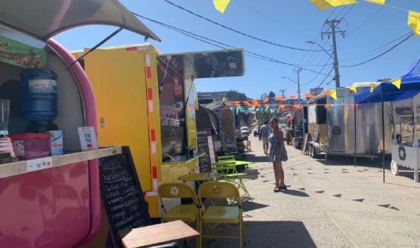 Carritos de comidas y foodtruck tienen su espacio en Viña del Mar durante el verano