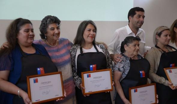 108 emprendedores de Viña del Mar recibieron apoyo del FOSIS para desarrollar sus proyectos