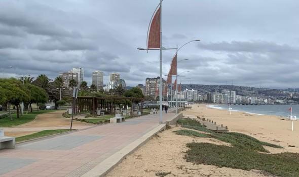 Alcaldesa de Viña del Mar pide adelantar implementación de cordón sanitario para desincentivar visita a la ciudad el fin de semana largo