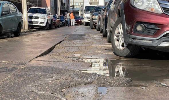 Municipio de Viña del Mar repavimentará vía en polo comercial del Barrio Fundacional de la ciudad