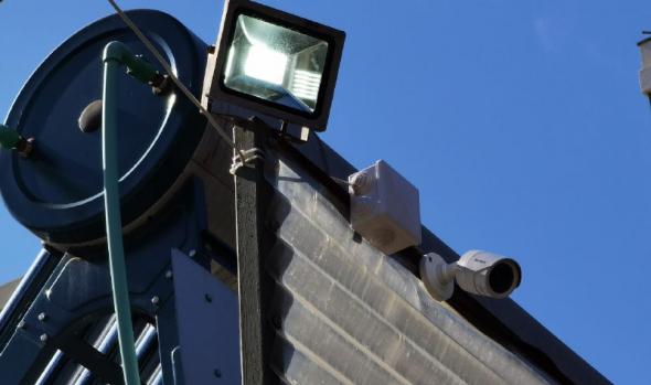 Locatarios del barrio poniente de Viña del Mar desarrollan proyecto de cámaras de seguridad y luminarias de alta tecnología para sus establecimientos comerciales