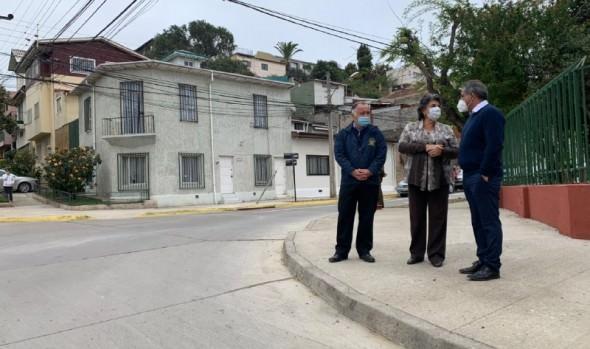 Municipio de Viña del Mar entrega más de 3,5 kilómetros de renovada calzada y aceras en Recreo
