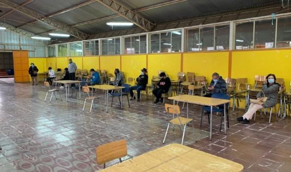 Gobierno y municipio entregan servicios de manera presencial en distintos sectores de Viña del Mar