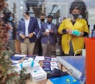 Entregan kit de señalética y termómetros al comercio para promover un turismo seguro y confiable