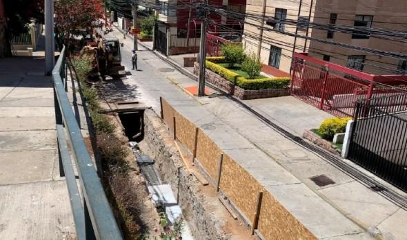 Calzada de calle Von Schroeders será mejorada en el marco de obras de reposición de colector aguas lluvias