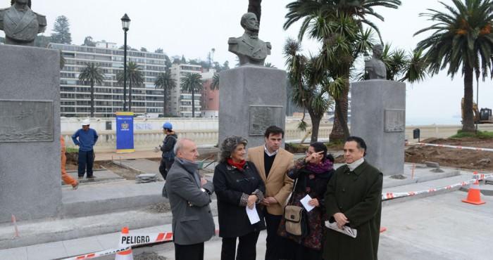 Alcaldesa Virginia Reginato, av los heroes