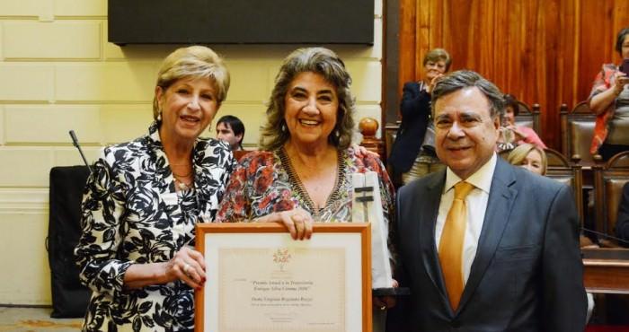 Alcaldesa Virginia Reginato, premio trayectoria